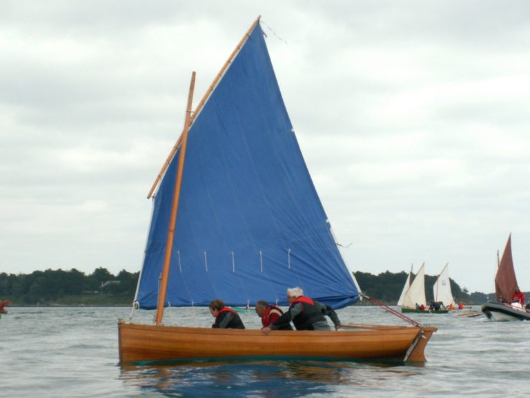 Aven, le premier des voile-aviron