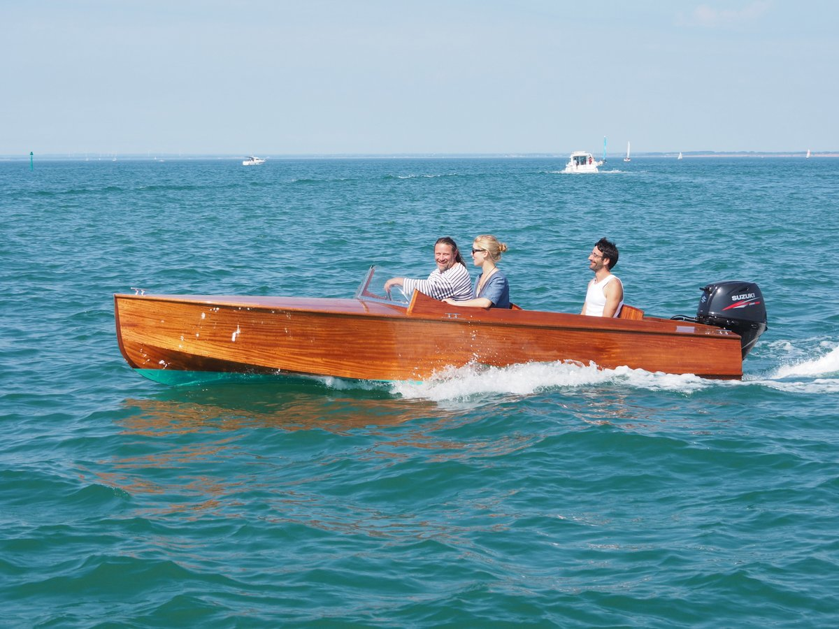 """16′ 6"""" runabout for sale"""