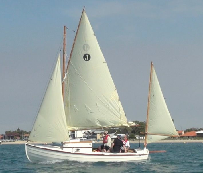 Jewell, trailable gaff yawl, launched in Australia   François Vivier