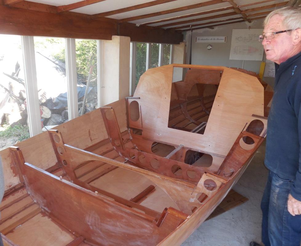 La construction d'un Maraudeur en bois-époxy
